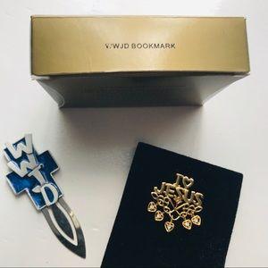 AVON | WWJD Bookmark & JESUS pin
